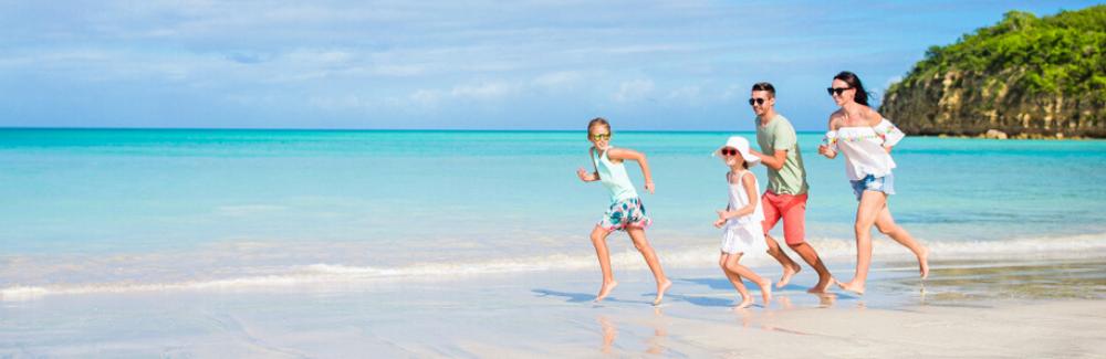 Quoi emporter pour une journée à la plage avec des enfants?