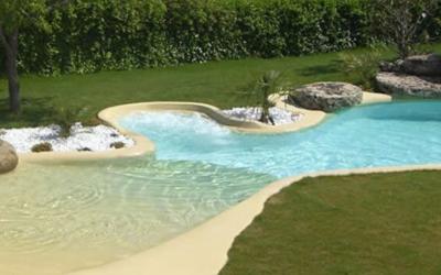 Une plage dans mon jardin ? Pourquoi pas ! Avec une piscine de sable!